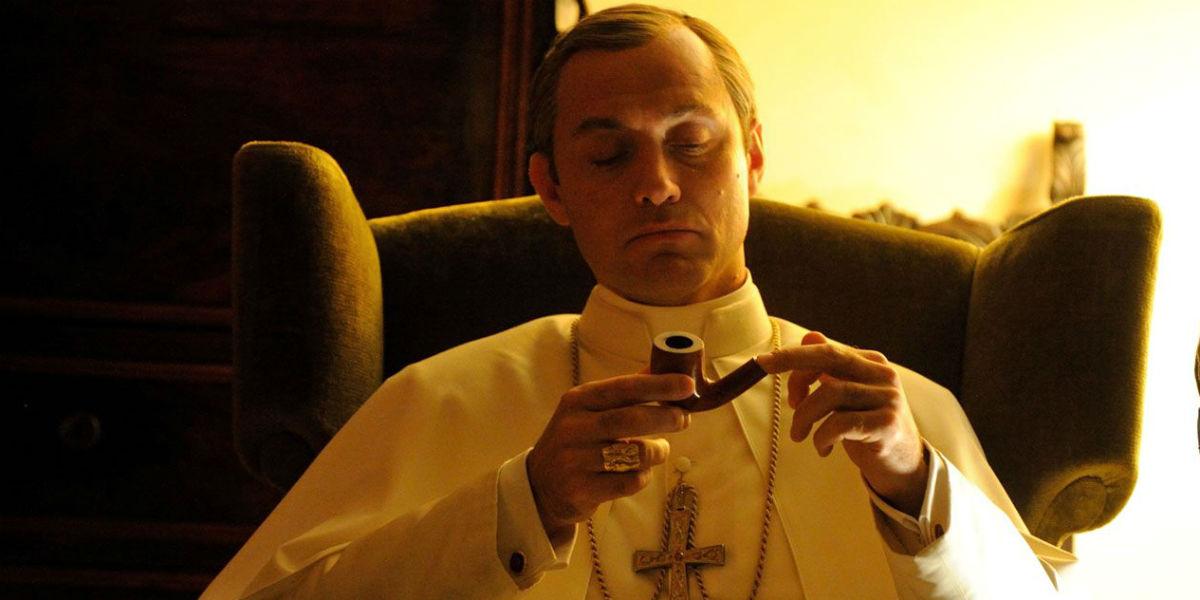 """""""Młody papież"""" (Fot. HBO)"""
