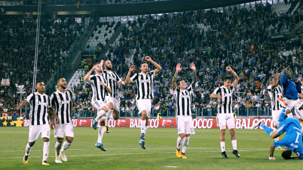Pierwszy zespół: Juventus recenzja