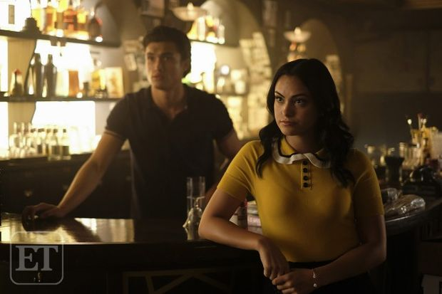 veronica lodge riverdale pijalnia