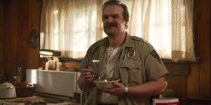 stranger things jim hopper musiał umrzeć david harbour