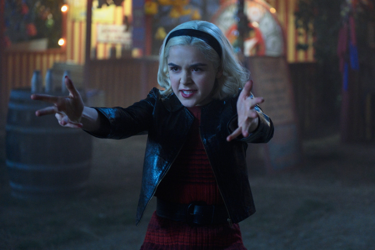 Crossover Chilling Adventures of Sabrina i Riverdale