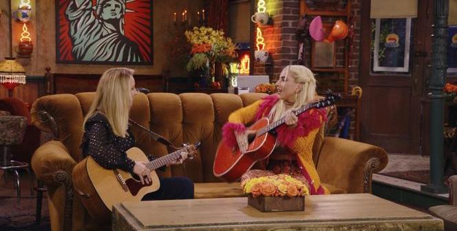 przyjaciele spotkanie po latach Lisa Kudrow Lady Gaga chiny cenzura