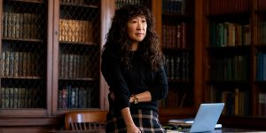 the chair serial sandra oh